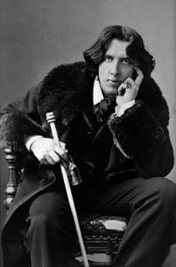 250px-Oscar_Wilde_portrait