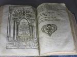 biblia hebrea con glosas en ladino
