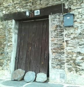 Puerta con herradura
