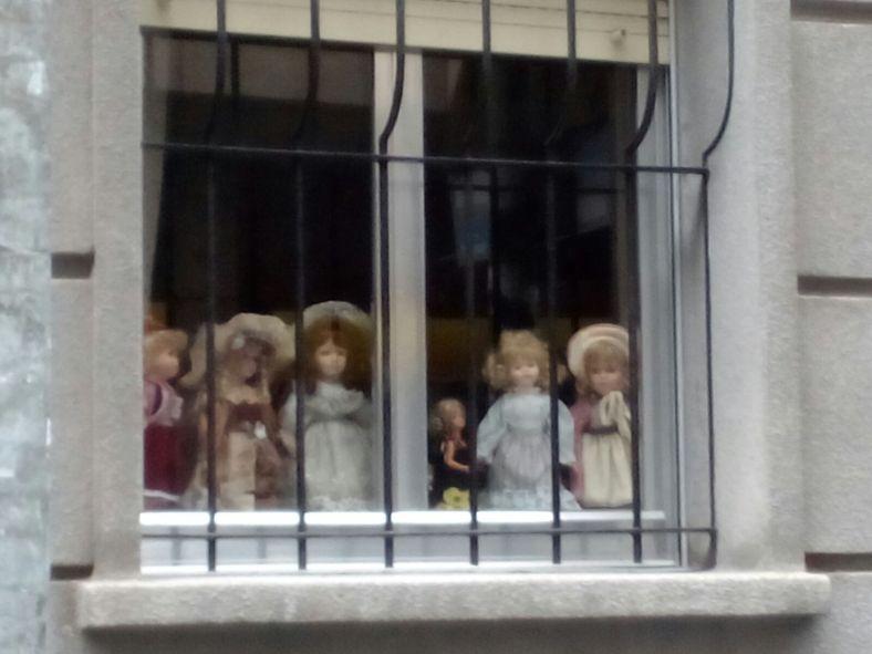 Muñecas poetas