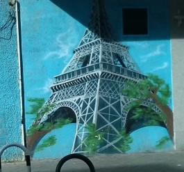 La Eiffel del barrio